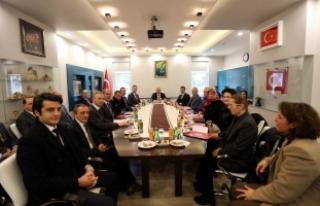 Vali Nayir Hendek İlçesini Ziyaret Etti