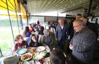Vali Nayir İhh'nınYetim Dayanışma Günleri...