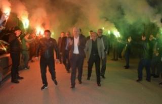 Başkan Adayı Mehmet İspiroğlu Secim Gezilerine...