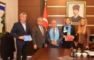 Kırımlı Türkler'den Vali Nayir'e ziyaret
