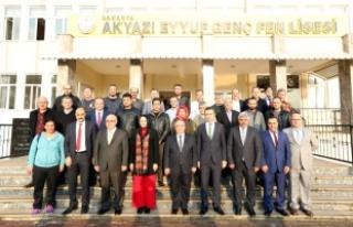 Vali NAYİR'den Akyazı Eyyup Genç Fen Lisesine...