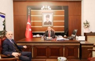 Erenler Belediye Başkanı Öztürk Vali Nayir'i...