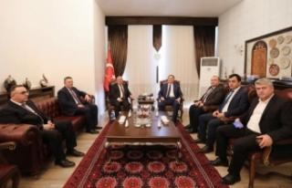 Kamu Başdenetçisi Malkoç Vali Nayir'i Ziyaret...