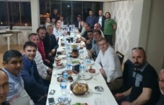 Akif Yener 25 yıl sonra Sınıf arkadaşlarıyla...