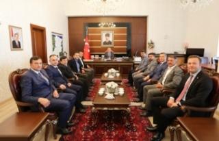 Taraklı Belediye Başkanı Pilavcı ve Meclis Üyelerinden...