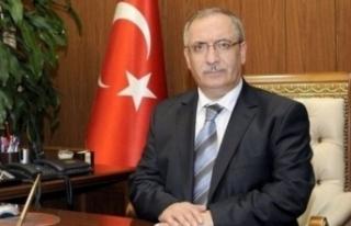 Vali Ahmet Hamdi NAYİR'in Anneler Günü Kutlama...