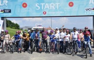 Bisiklet Vadisi'nde 'Sporda Birlikte Güçlüyüz'...