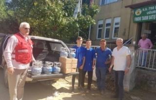 Karasu Kızılay'dan afetzedelere yardım malzemesi