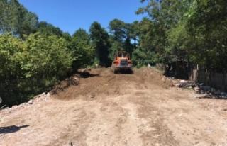 Karasu Belediyesi Ham Yol Açma Çalışmalarına...