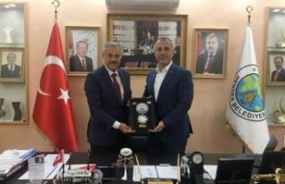 Başkan Babaoğlu resmi temaslar için KKTC'de