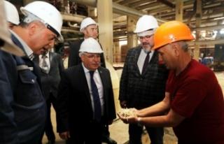 Vali Nayir'den Adapazarı Şeker Fabrikasına 66....
