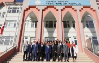 Vali Nayir Bu Hafta Yeşiltepe Ortaokulunu Ziyaret...