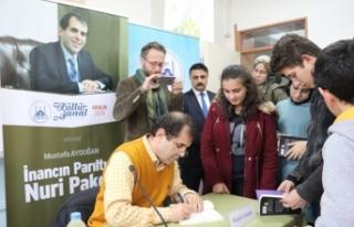 Şair Aydoğan Nuri Pakdil'i Anlattı