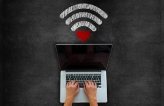 Sevgililer Günü'nde siber dolandırıcılara dikkat!