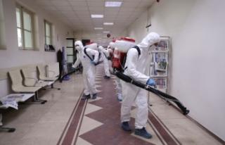 Büyükşehir dezenfekte ekipleri görevde