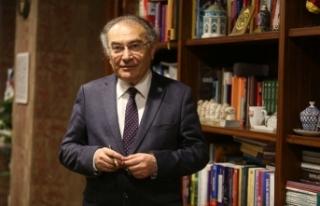 """Prof. Dr. Nevzat Tarhan: """"Türkiye şu anda olgunlaşma..."""