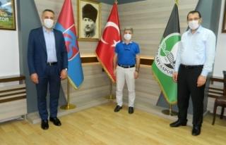 Yavuz ve Tever'den Trabzonlular Derneği'ne...