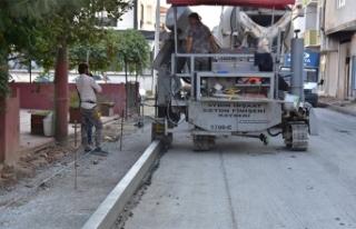 Karasu Belediyesinden Yeni Tip Beton Bordür Uygulama...