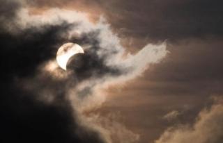Ay Tutulmasının Etkisiyle Burçlar Yeni Başlangıçlara...