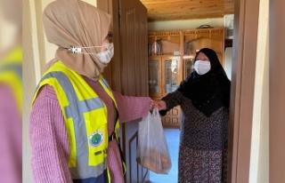 Hendek Belediyesi Yaşlıların Yardımına Koştu