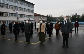 Tüm okullarda İstiklal Marşı töreni yapıldı