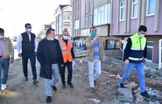 Karasu'da Sahil Projesi Tüm Hızıyla Devam Ediyor