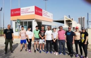 Büyükşehirli sporcular Mersin'de madalyaları...