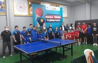 Marmara Belediyeleri Masa Tenisi Turnuvasına yoğun...