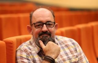 "Prof. Dr. Sinan Canan: ""Yeni dijital dünyaya karşı..."