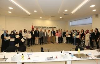 Girişimci Kadınlar Eğitimlerini Tamamlayarak Kooperatifçilik...