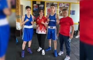 Ünlü Boks Antrenörü Keskin'in Sporcuları Finalde