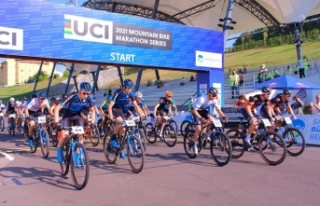 Start verildi, Bisiklet Vadisi'nde nefes kesen mücadele...