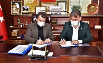 Karasu Belediyesi İşçileri Toplu Sözleşme İmzaladı