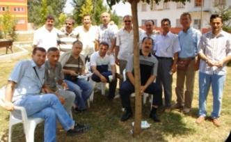 Arifiye Mezunları Sedat Salyancı'yı unutmadı.