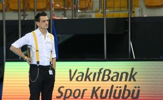 VakıfBank namağlup liderliğini sürdürüyor
