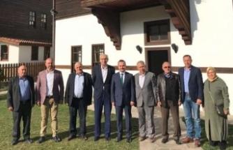 Eski Başkan Özkaraman ve ekibinden Kaymakam'a Ziyaret