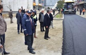 Karasu'da Asfalt Sırası Mevlana Caddesinde