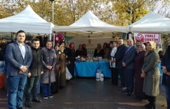 AK Parti Sakarya İl Kadın Kolları'ndan Yerli Malı Haftası Etkinliği