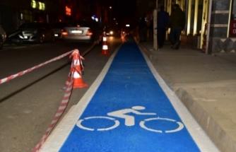 Karasu Belediyesinden Bisiklet Yolu Uygulaması