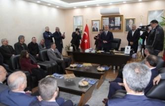 MHP il başkanı Akar hendek'in yanındayız
