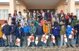 Altınküre Okullarından Ağrı'ya Anlamlı Yardım