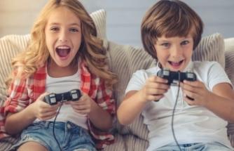 Tati̇li̇ Evde Oyun Oynayarak Geçi̇recekÇocuklar İçi̇n Ebeveynlere 8 Uyarı