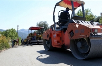 Geyve'nin iki mahallesinde daha beton yol tamam