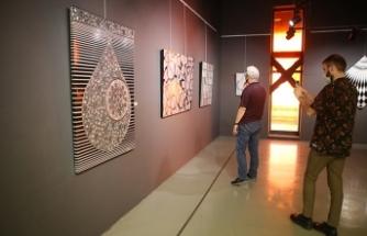 Ressam Metin Aşoğlu'ndan Sanayi Atıkları Resim Sergisi