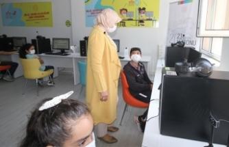 Sakarya'da 362 EBA Destek Noktası, Öğrencilere Hizmet Veriyor