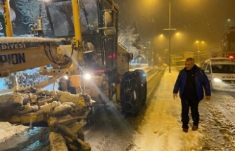 Başkan Babaoğlu'ndan yoğun kar mesaisi