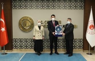 Karasu Belediye Başkanı Sarı'dan Bakan Kurum'a Ziyaret