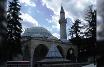 Tarihi Kurşunlu Camii İlgi Bekliyor