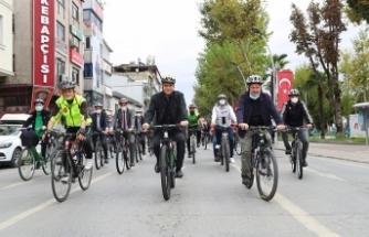 Bisikleti Sakarya'nın bir sembolü yapmak istiyoruz