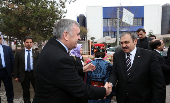Orman ve Su İşleri Bakanı Eroğlu Sakarya'da